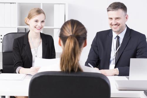 採用調査事例:店舗マネージャー昇格前の前職調査はどの位有効か?